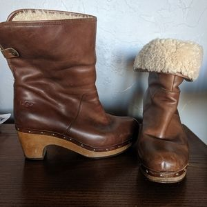 Size 8 brown leather UGG boots